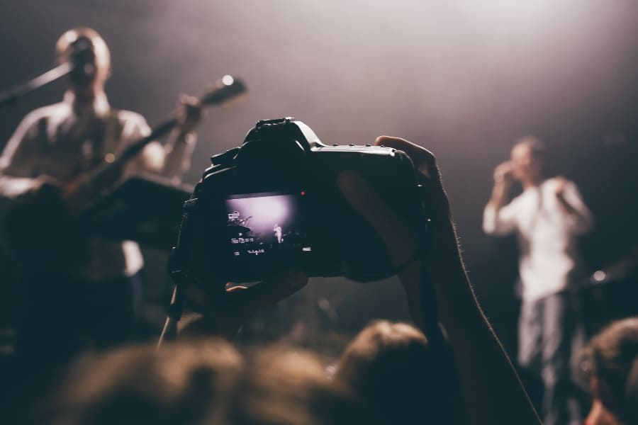 photographing a concert