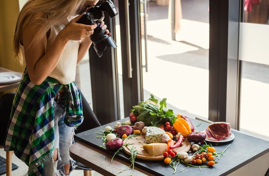 food photographer staging shot
