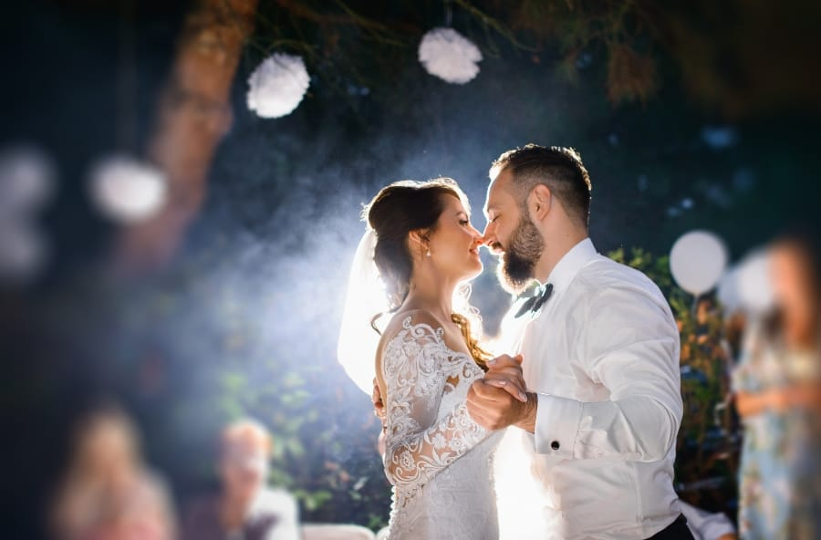 wedding couple dancing in the starlight